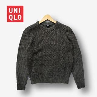 UNIQLO CABLE SWEATER RAJUT KEPANG