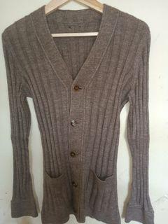 Cardigan Wanita vintage Premium coklat tua #cardigan #outer #uniqlo #zara #h&m #gaudi #knitcardi #premium #GU #stradivarius