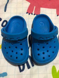 Crocs Blue Clogs for Toddlers C4