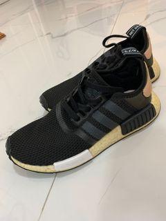 ORIGINAL NMD R1 black sepatu hitam wanita sneakers