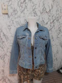 Uniqlo denim jacket