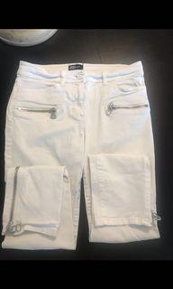 Aritzia Wilfred Free White Jeans Size 4/26
