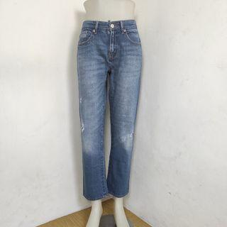 Celana jeans ankle ripped