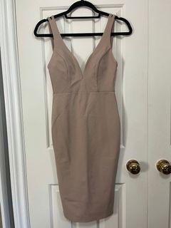 LuLu's nude dress