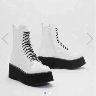 NEW dollskill koi footwear platform lace up white boots