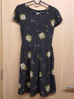 Yumi Floral Black Dress