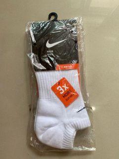 NIKE 運動襪 白襪 短襪 全新 絕版老品 L