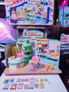 Vintage 1985 Rare Takara Sanrio Gift Gate playset for doll dolls