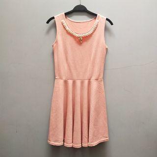 Dress pink coral (include aksesoris)