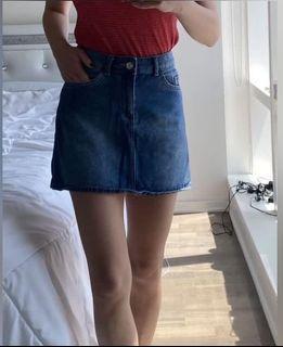 H&M Skirt size 0 /32