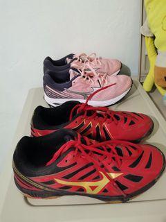 Mizuno shoes bundle