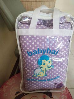 Paket bantal guling babyhai polkadot ungu