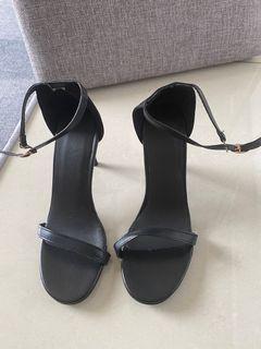 一字帶高跟涼鞋黑色