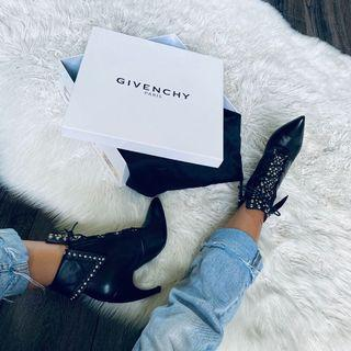 $1490 Givenchy ankle booties size 36 / 6