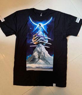 黑色 T-shirt 太空圖案