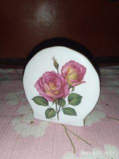 Ceramic toothpick holder