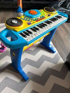 Toy keyboard for free