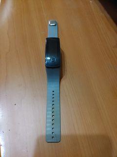 免費送    手錶