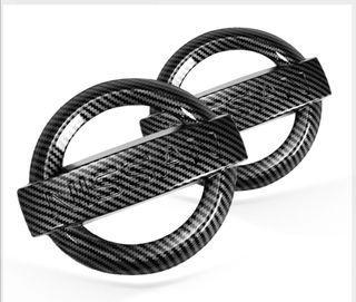 Nissan front carbon fibre logo