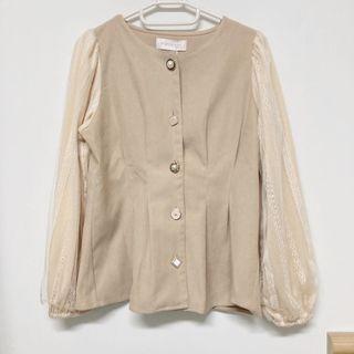 日本pumpkin柔和駝色蕾絲袖上衣