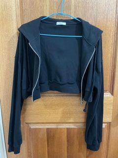 黑色短版外套