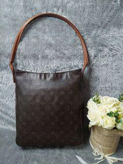 Authentic louis vuitton looping GM 2001