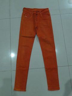 Celana Panjang Orange