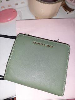 Dompet CK original margocity (Terkelupas karna lama disimpan)