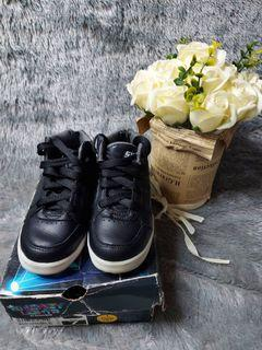 Skechers shoes original with box