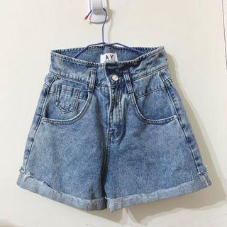 版型💯反折牛仔短褲