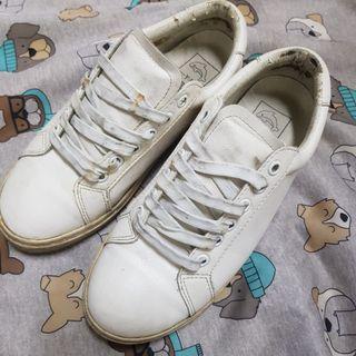 更新圖片 韓國 真皮 小白鞋