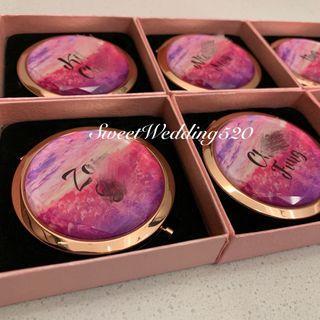 訂製 人名隨身化妝鏡 新娘伴娘姊妹 禮物 bridemaid Wedding 婚禮用品 婚宴 禮物 姊妹 結婚 生日禮物 compact mirror gift