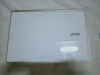 B24.   Acer.   i5-3337U.   Size 13