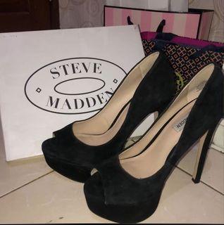 Black Heels Steve Madden Suede Pump