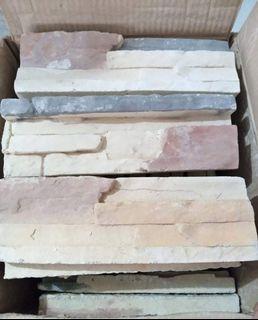 Bricks stone (6 boxes)