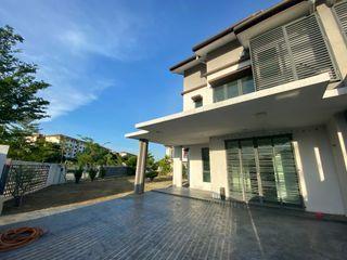Corner & renovated 2 storey terrace Nahara Type Bandar Bukit Raja Klang