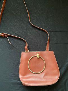 FOREVER 21 BROWN SLING BAG