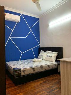【Can Get FREE 1 month RENTAL during MCO】Medium Queen bed room at Subang Bestari (Landed house rooms)