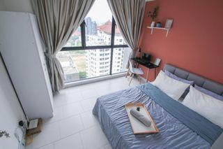 【Can Get FREE 1 month RENTAL during MCO】Medium Queen bedroom at Astetica Residences, Seri Kembangan