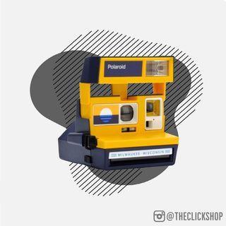 Polaroid 600 Milwaukee Flag Instant Film Camera - REFURBISHED