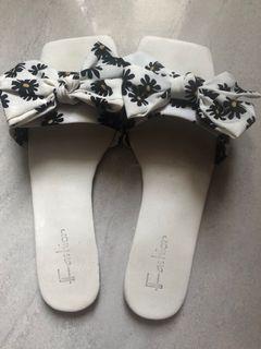 Sandal Wanita Sandal Flat Bunga