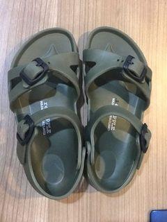 Sepatu Sandal Red Apple Made in Thailand