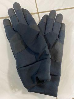 (全新)Uniqlo 黑手套 可觸控 L