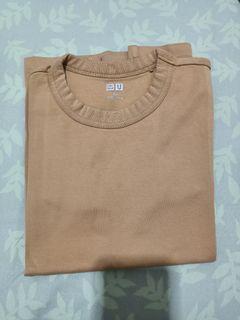 Uniqlo brown top