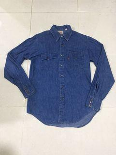 VINTAGE 80s LEVIS OREN TAB SIZE M MADE IN CANADA