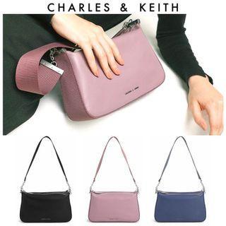 全新 Charles & Keith 肩背包 小方包淡紫色 寬背帶包包 小CK