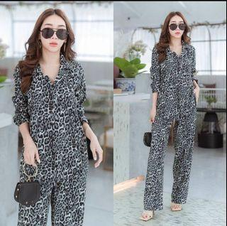 ec  Set Hijaber Leopard Abu l atasan fashion baju setelan leopard wanita