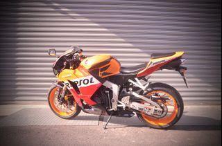 Honda CBR600RR 力豹士配色