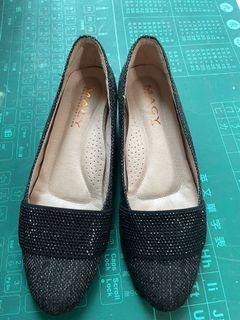 Macy 氣質高雅低跟鞋台灣製(8號)
