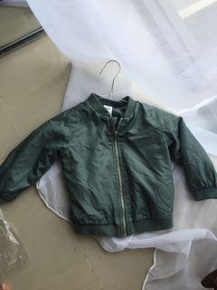 Tiny Little Wonders bomber green jacket 18-24 bulan